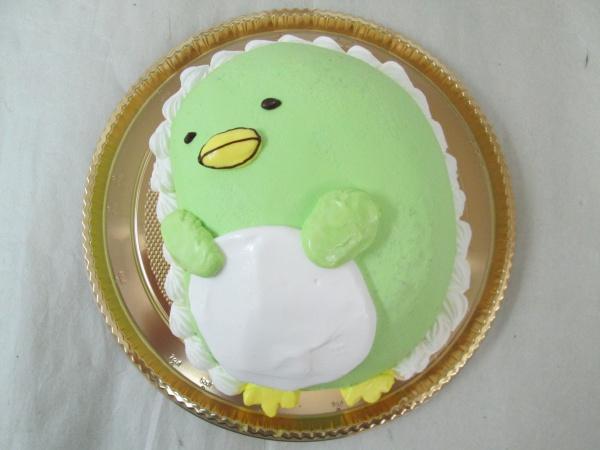 通販ケーキで、すみっこぐらしのぺんぎん?