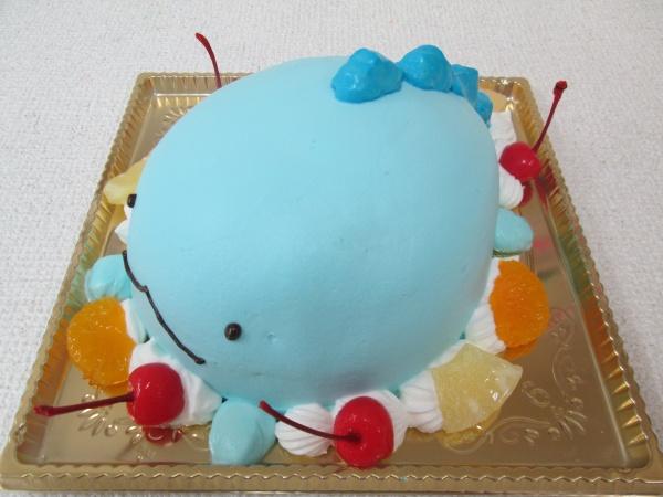通販ケーキで、すみっこぐらしのトカゲをご指定のポーズの立体形ケーキで